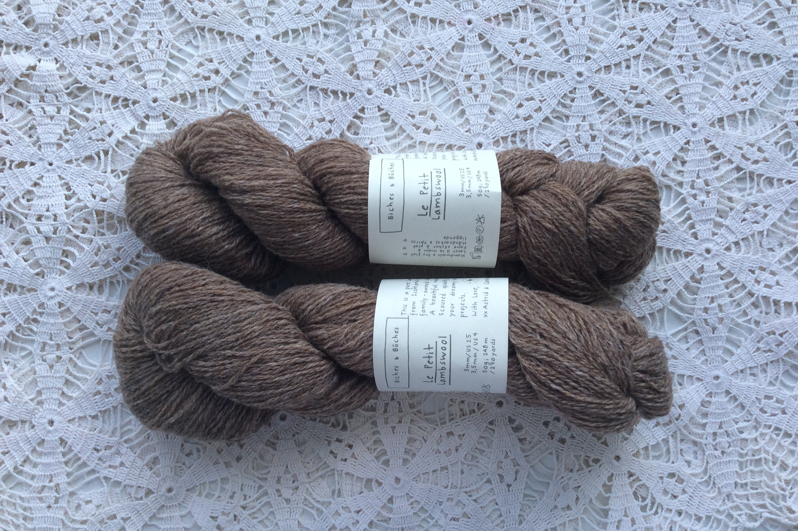 Le Petit Lambswool 21 Light Brown