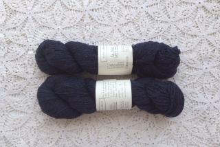 Le Petit Lambswool 18 Dark Blue Black