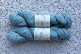 Le Petit Lambswool 16 Very Light Blue